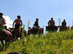 Конный строй в многодневном походе по Крыму